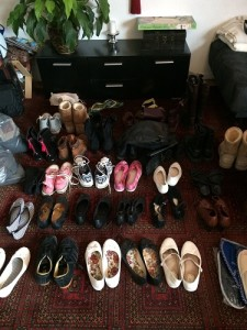 Dies sind sortiert die Schuhe, die ich behalte.